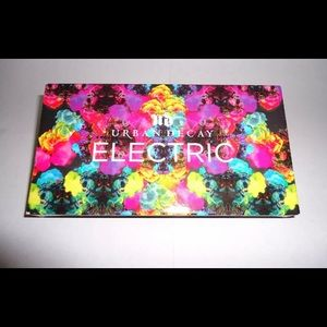 Urban Decay electric pallet